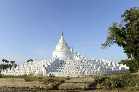 Pagode blanche de Hsinbyune - Mandalay - Birmanie -