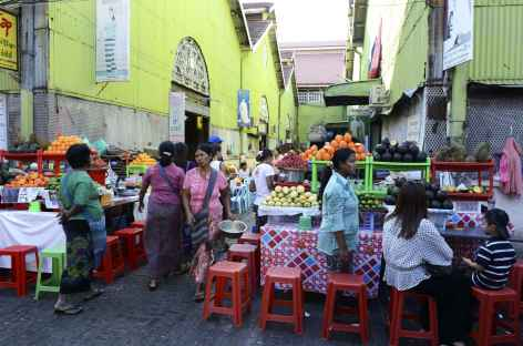 Le célèbre Scott Market - Yangon - Birmanie -
