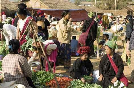 Marché autour du lac Inle - Birmanie -