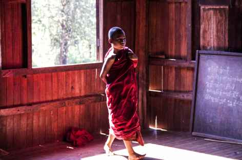 Monastère-lodge au cours du trek chez les Paos - Birmanie -