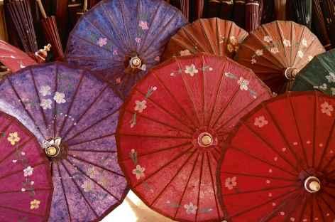 Fabrique d'ombrelles- Birmanie -