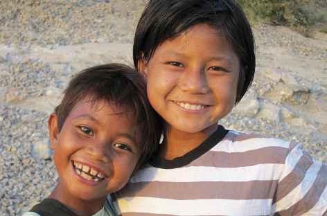 Deux petites soeurs - Birmanie -