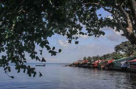 Sur le rivage de Kep - Cambodge -