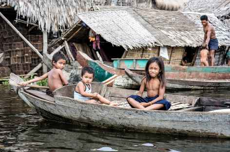 Village flottant sur le lac Tonle Sap - Cambodge -