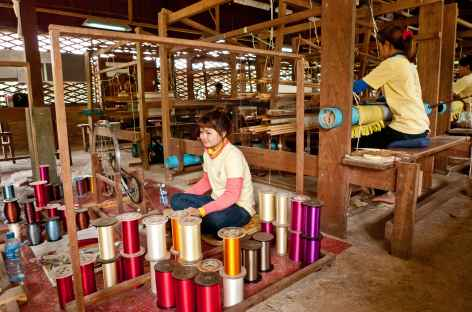 Atelier de tissage de la soie - Cambodge -