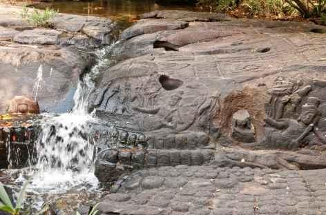 Site angkorien sculpté dans la rivière Kbal Spean - Cambodge -