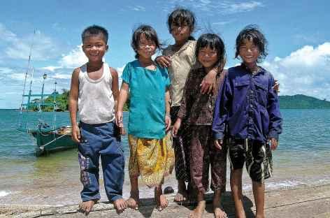Rencontre sur une île de la Mer de Siam - Cambodge -
