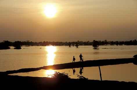 Coucher de soleil sur le Mékong - Cambodge -