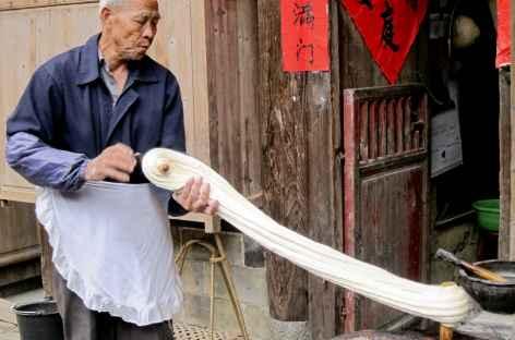 Fabrication des nouilles - Chine -
