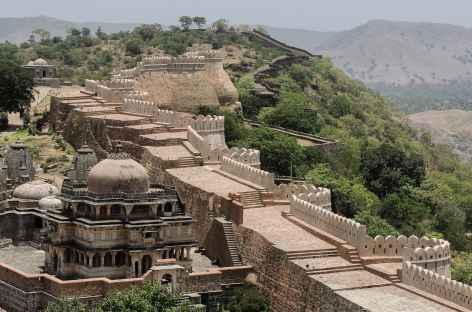 Khumbalgarh, imposante forteresse, Rajasthan, Inde -