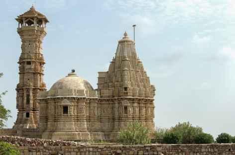 Une des tours très caractéristiques de Chittorgarh, Rajasthan -