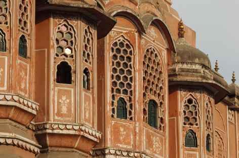 Détail du Palais des vents à Jaïpur - Inde, Rajasthan -