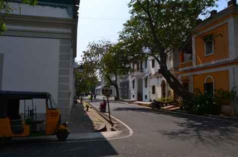 Rues de Pondicherry - Inde -