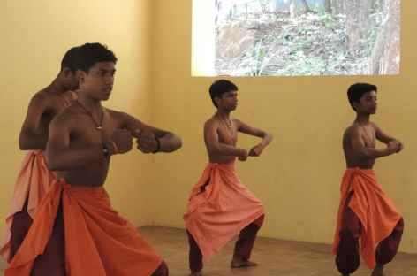 Danse  Khattakali, Inde du Sud -