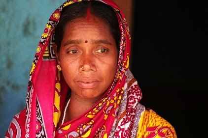 Femme Saora - Orissa, Inde -
