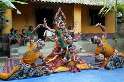 Danses acrobatiques - Orissa, Inde -