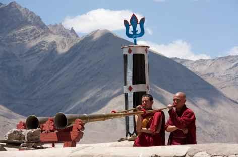 Sur les toits du monastère, Ladakh - Inde -