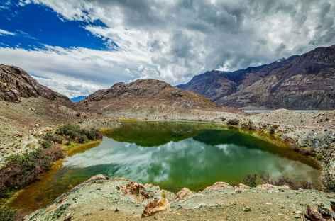Petit lac sacré au milieu du désert - Vallée de la Nubra  -