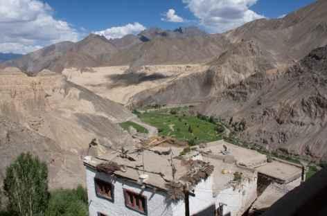 Sur les toits de Lamayuru, Ladakh - Inde  -