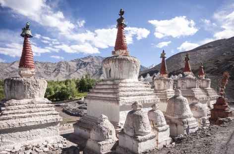Stupa dans la plaine de L'Indus, Ladakh, Zanskar- Inde -