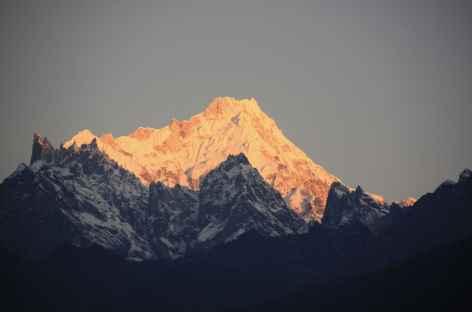 Lever de oleil sur le Kangchenjunga -