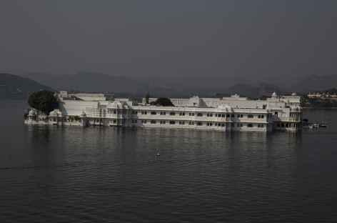 Udaipur : Le palais blanc  -