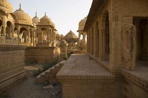 cénotaphes (tombeaux royaux) de Bada Bagh -