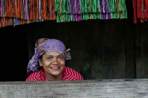 Femme Ngada, Flores - Indonésie -