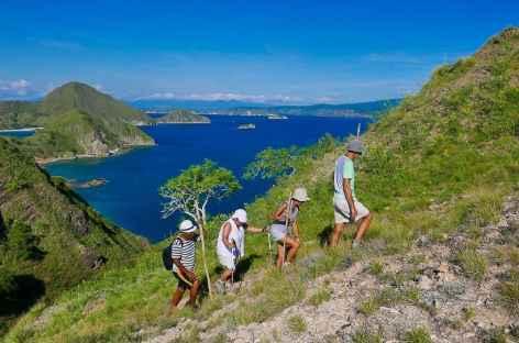 Randonnée sur les crêtes de Padar, archipel de Komodo - Indonésie -