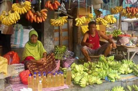 Marché dans un village Ngada, Flores - Indonésie -