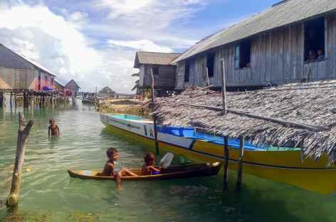 Village bugis sur l'île de Hoga, Wakatobi - Indonésie -
