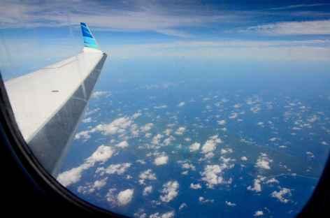 Survol des îles des Raja Ampat - Indonésie -