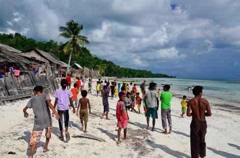 Village de Wawasa, île de Manawoka - Indonésie -