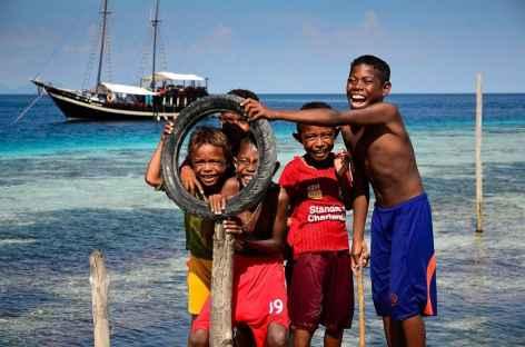 Village papou des Raja Ampat - Indonésie -