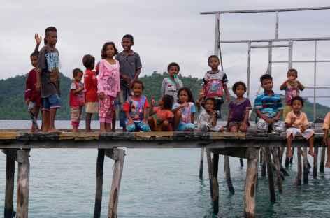 Village papou, île de Misool, Raja Ampat - Indonésie -