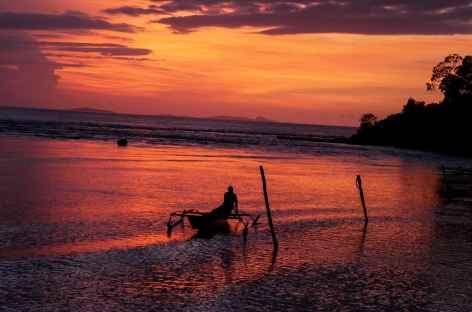 Coucher de soleil,  Archipel de Wayag, Raja Ampat - Indonésie -