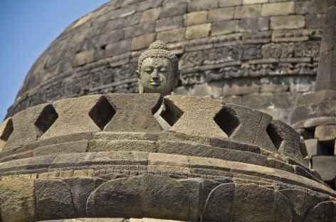Sanctuaire bouddhiste de Borobudur, Java - Indonésie -