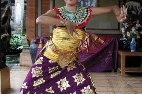Danses balinaises à Tampaksiring, Bali - Indonésie -