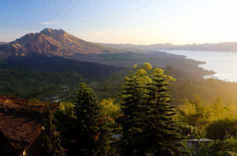 Caldeira du volcan Batur et son lac, Bali - Indonésie -
