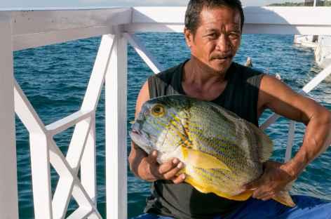 Pêche du jour pour notre repas de midi, archipel de Komodo - Indonésie -
