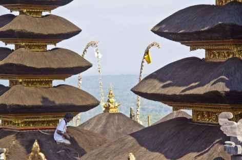 Merus du temple de Besakih, Bali - Indonésie -