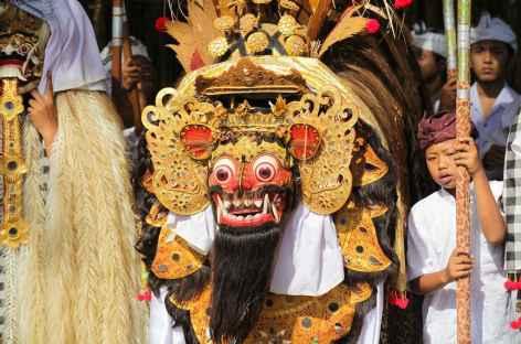 Lors de fêtes religieuses, Bali - Indonésie -