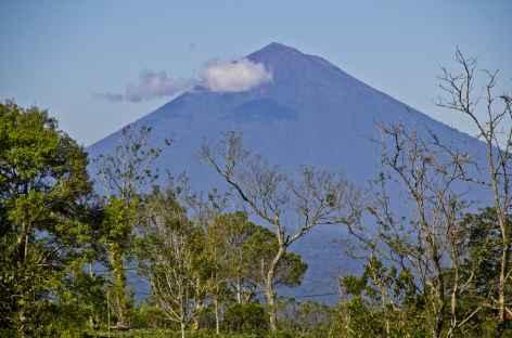Volcan Agung (3142 m), point culminant de Bali, Bali - Indonésie -