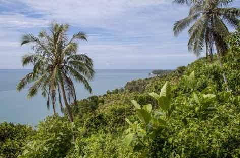 Côte sud vers Lagundri, île de Nias, Sumatra - Indonésie -
