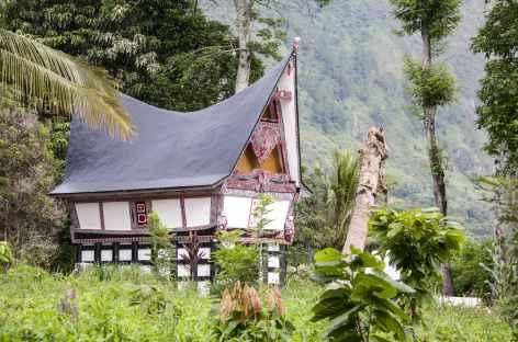 Maison traditionnelle batak toba, Sumatra - Indonésie -