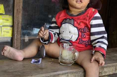Enfant de Sulawesi - Indonésie -