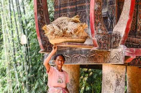 Rencontre dans le village de Old Karunanga, Pays Toraja, Sulawesi - Indonésie -