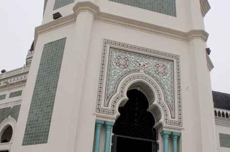 Grande mosquée de Medan, Sumatra - Indonésie -