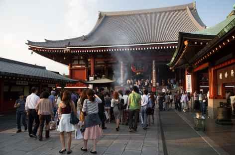Temple bouddhiste de Senso-ji, quartier d'Asakusa à Tokyo - Japon -