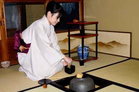 Cérémonie traditionnelle du thé, Kyoto - Japon -